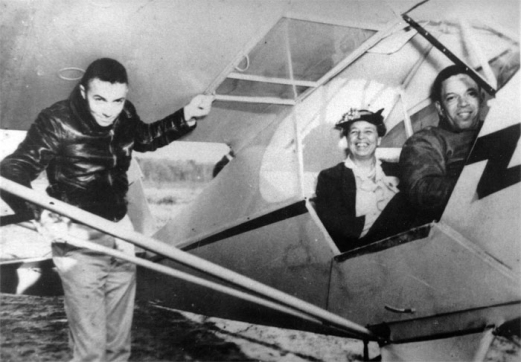 Eleanor Roosevelt and Tuskegee Airmen